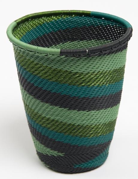 corbeille en fil de téléphone - telephone wire cup - afrique du sud - south africa | mahatsara