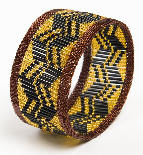 bracelet en fil de cuivre et perles - copper wire and glass beads bracelet | mahatsaraass beadss bracelet | mahatsara