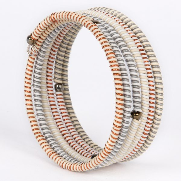 bracelet en fil de telephone et fil de cuivre - bracelet in telephone wire and copper ire | mahatsara
