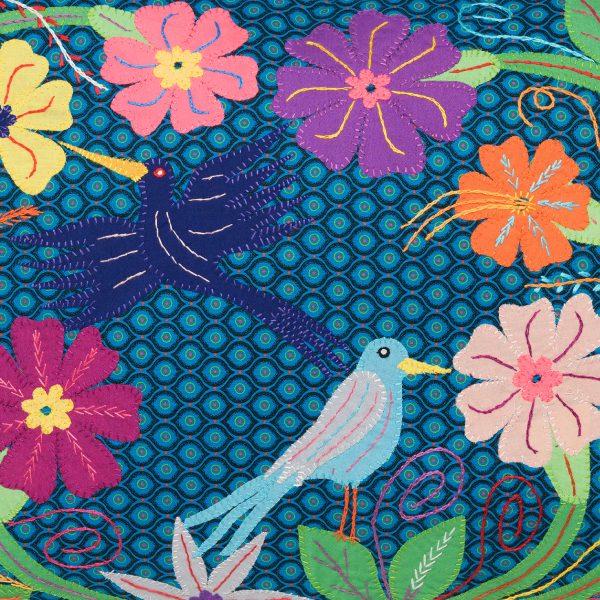 coussin shwe shwe brodé - embroidered shwe shwe cushion | mahatsara