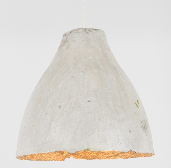 Suspension en pulpe de papier magazine recyclé - pulp paper lampshade in recycled magazine paper | mahatsara