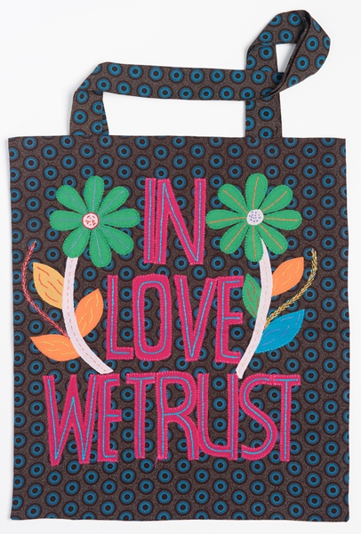 tote bag brodé shwe shwe - embroidered tote bag shwe shwe | mahatsara